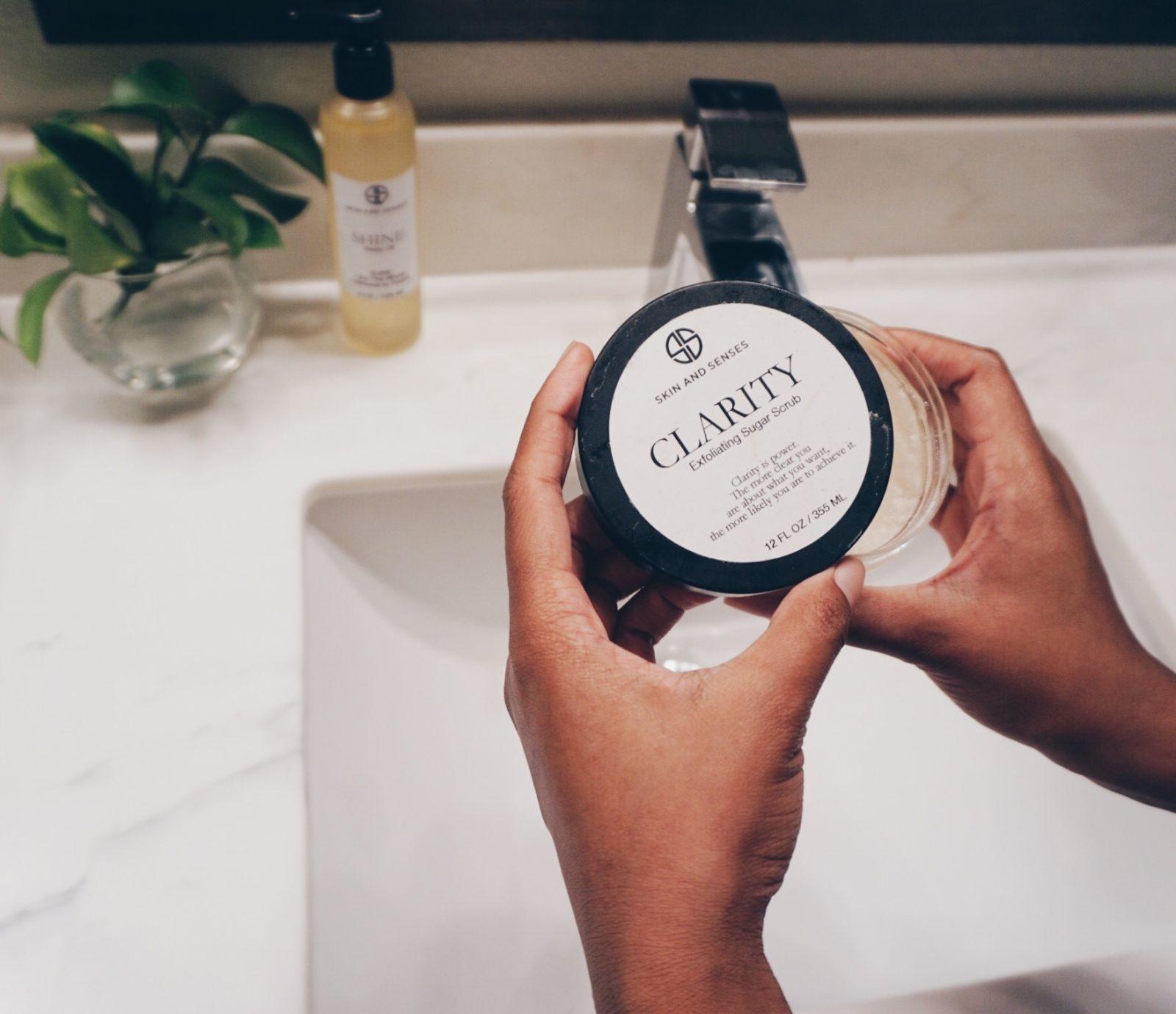 Skin and Senses Body Scrub - Le Fab Chic
