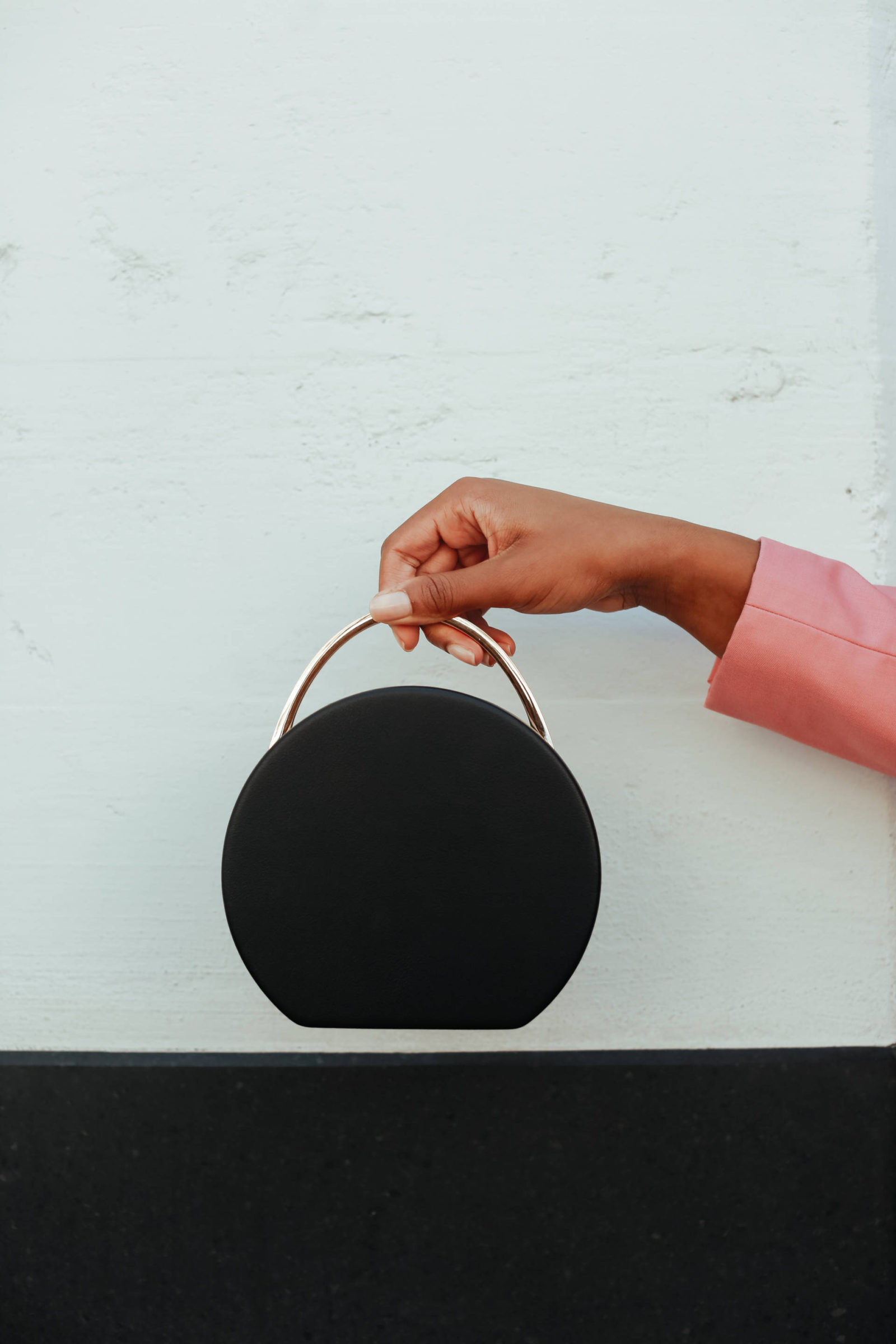 Circle Bags under $200 - Le Fab Chic