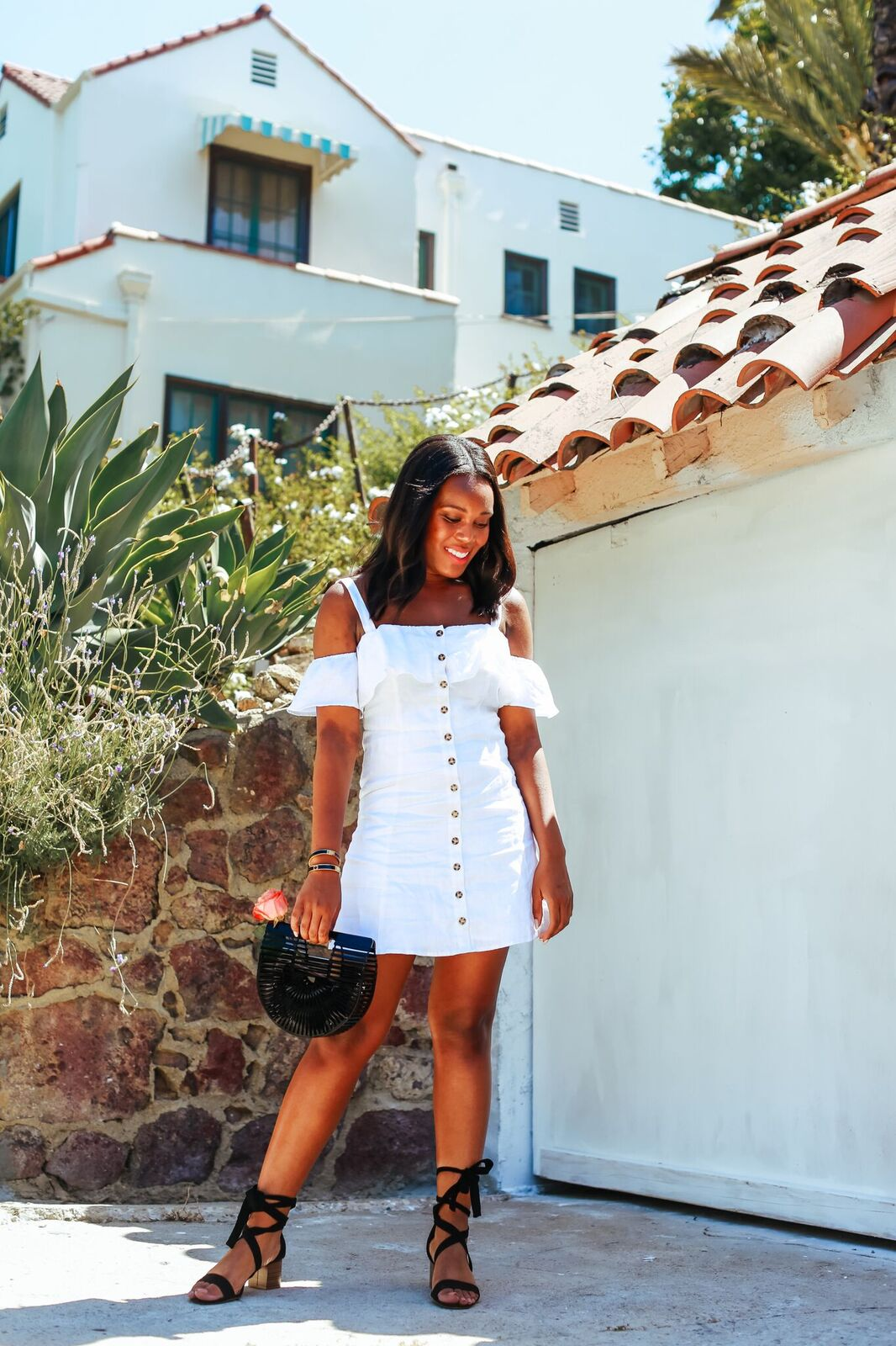 how to wear a linen dress - Le Fab Chic
